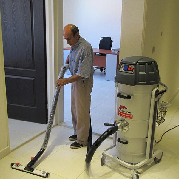 جاروبرقی صنعتی برای نظافت فضاهای اداری و تجاری