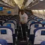 جارو برقی هواپیما