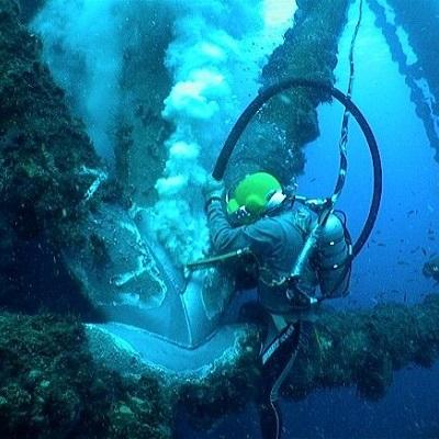 واترجت زیر آب