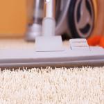 جاروبرقی جهت نظافت فرش