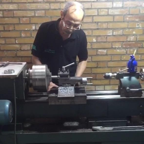 تولید قطعات برای تجهیزات نظافتی