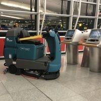 اسکرابر رباتیک T7AMR