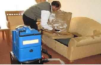 شستشو مبلمان با دستگاه های تخصصی بسیار ساده است