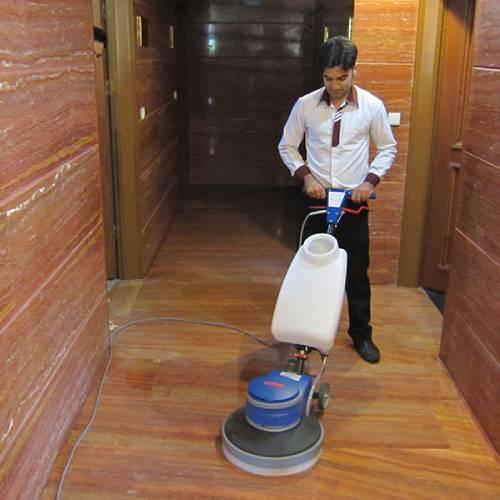 استفاده از پولیشر در نظافت ساختمان