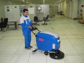 کاربرد نظافت صنعتی در نظافت پتروشیمی