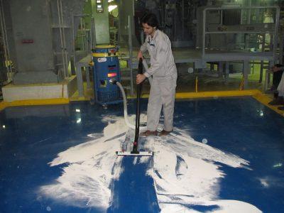کاربرد جاروبرقی صنعتی در نظافت پتروشیمی