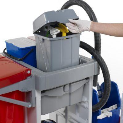 کاربرد ترولی نظافتی در سالن ورزشی