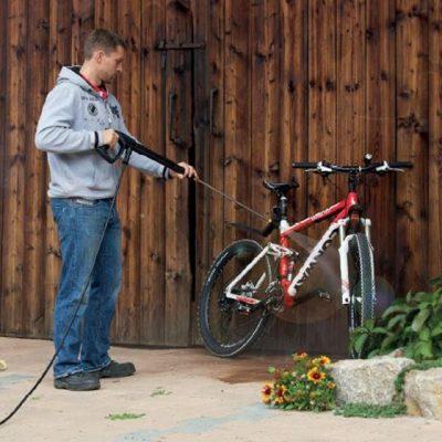 شستن دوچرخه با دستگاه واترجت خانگی