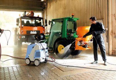 نظافت تراکتور و کاربرد واتر جت