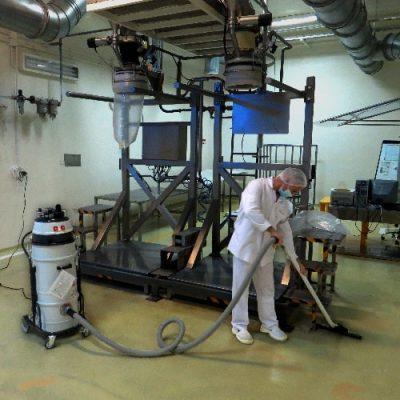 نظافت سالن تولید با تجهیزات نظافت صنعتی