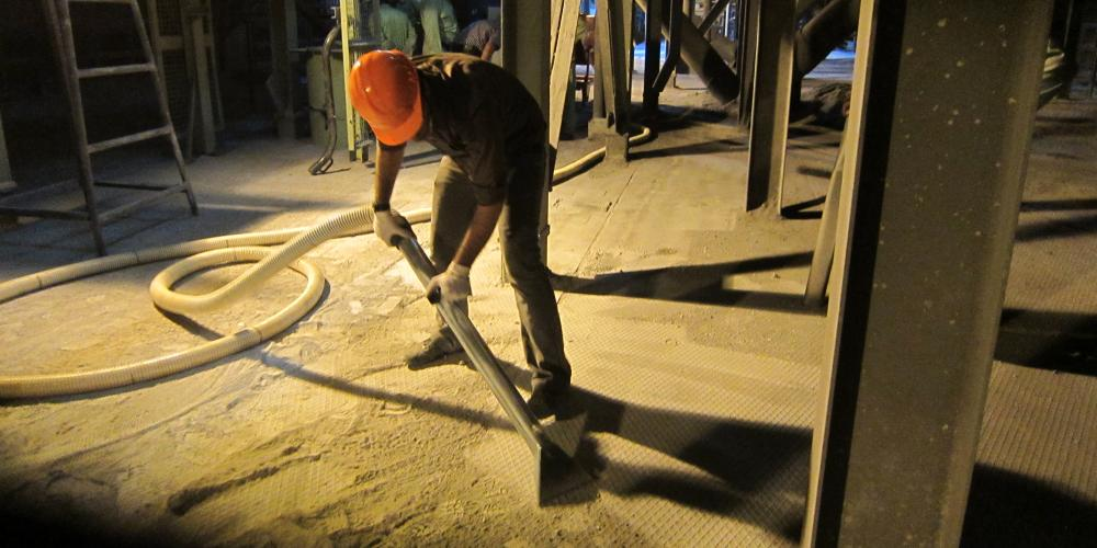 مکنده صنعتی دائم کار